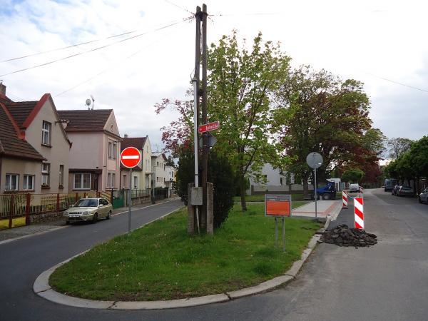 Nová budoucí zastávka autobusové linky č. 13 ve Zborovské ulici | FOTO: Martin Prokop