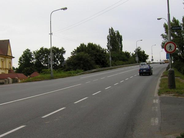 Nadjezd v Ovčárecké ulici | FOTO: Martin Prokop