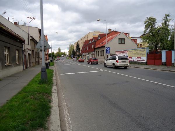 Ovčáreckou ulici čeká pokládka tichého asfaltu | FOTO: Martin Prokop